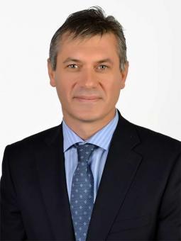 Professor Surgeon Сenk Bilen