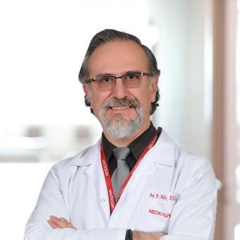 Професор Хакан Алагёзлу